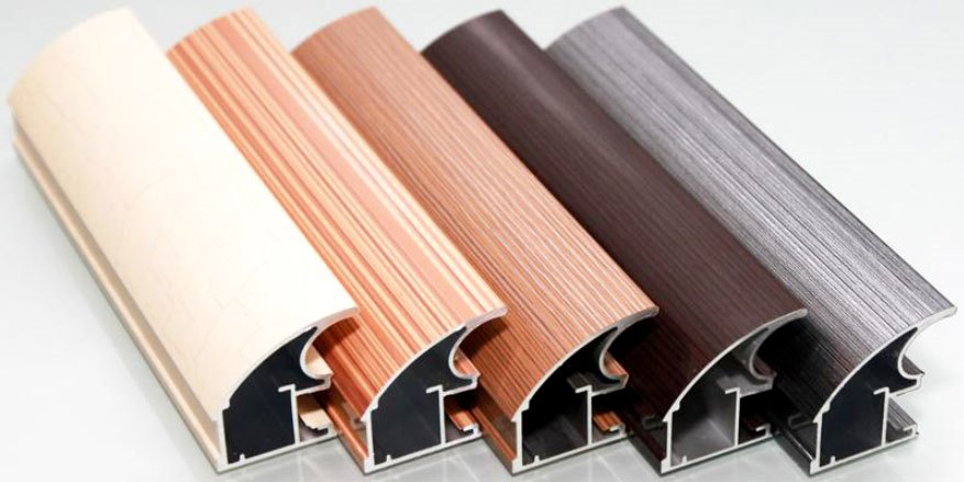 Комплектующие для производства мебели: профиль, петли, ручки.